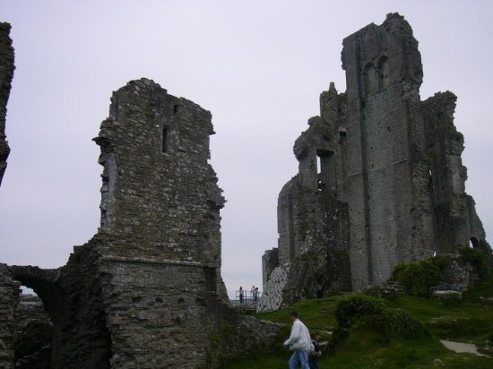 Corfe Castle, UK: photo3.jpg