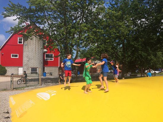 Campark Resorts: Trampoline géante