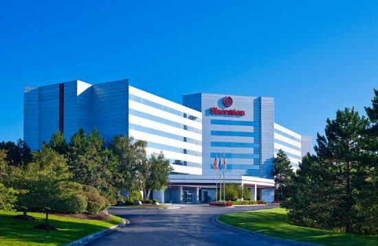 Novi, MI: Hotel Exterior Daytime