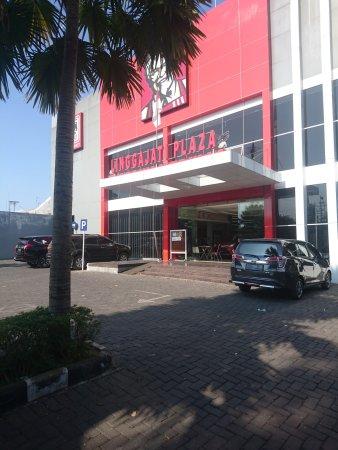 Linggajati Plaza