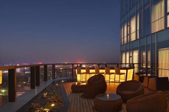Zibo, China: Sheraton Club Lounge-outside