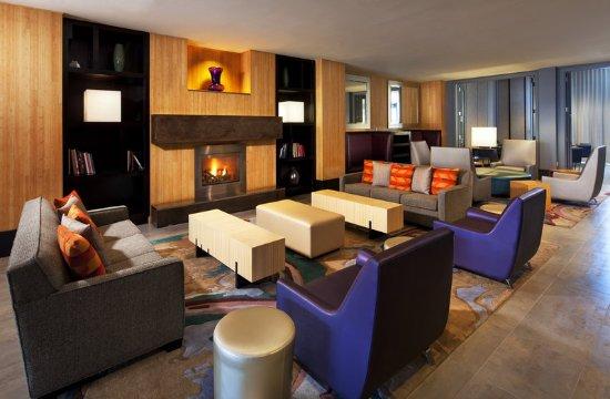 Newark, CA: Re:mix(SM) lounge