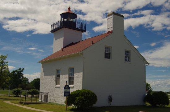 Escanaba, MI: Back of Lighthouse.