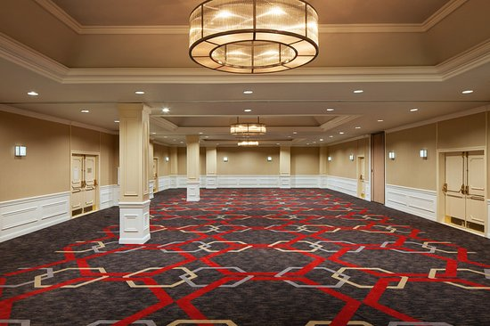 Four Points by Sheraton San Jose Airport: Versailles Ballroom Empty