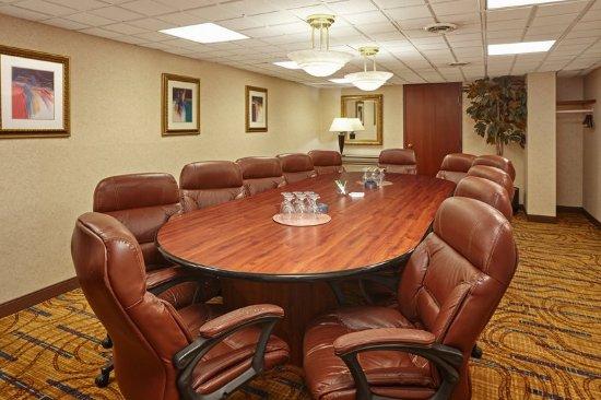 แครอลสตรีม, อิลลินอยส์: Boardroom