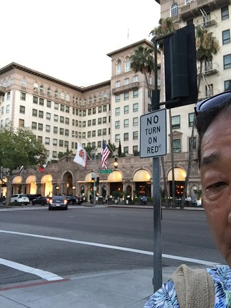Beverly Wilshire Beverly Hills (A Four Seasons Hotel) Photo