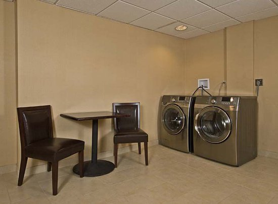Orangeburg, Estado de Nueva York: Laundry facility