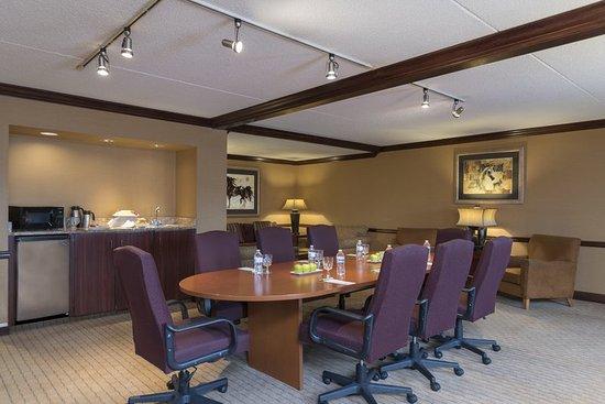 Independence, Ohio: Boardroom