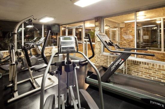 Mayfield, OH: Fitness Center