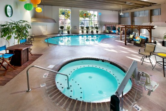Holiday Inn Sioux Falls City Center Updated 2017 Hotel