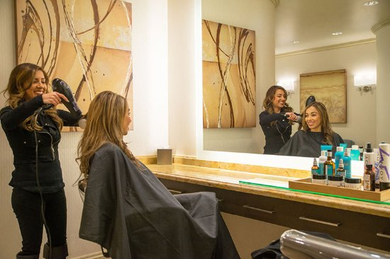 Golden Nugget Hotel: Salon Talent