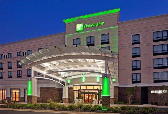Homewood, AL: Hotel Exterior