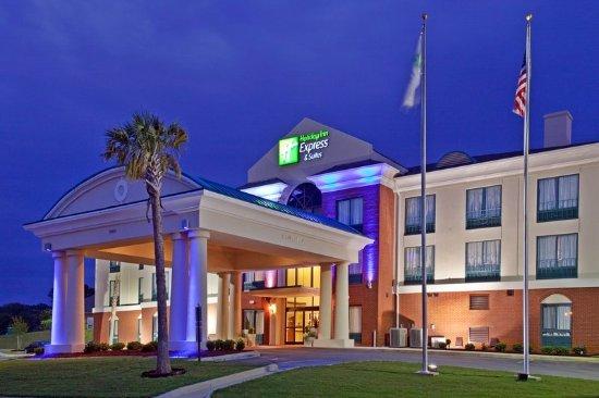 Selma, AL: Hotel Exterior