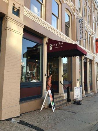 San Chez a Tapas Bistro : photo0.jpg