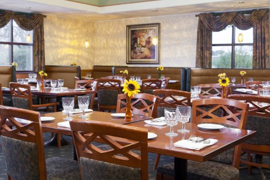 Schiller Park, IL: Mirage Restaurant