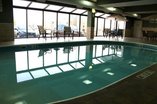 Troy, OH: Our heated pool is just waiting for you!