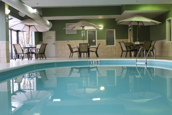 Troy, OH: Sit by the pool and relax or take a swim.