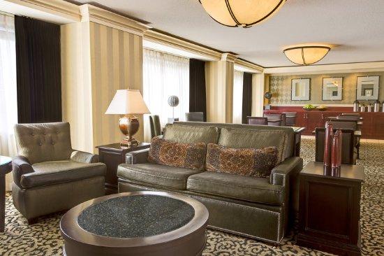 Overland Park, KS: Sheraton Club Lounge