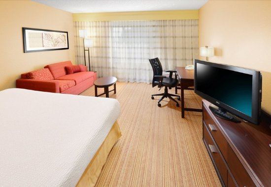 Richardson, TX: King Guest Room