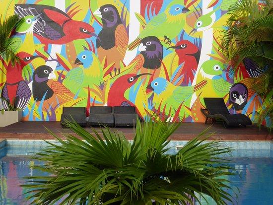 The Espiritu: Bird mural