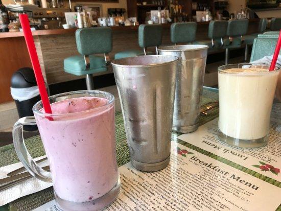 Burlington, WA: Milkshakes including what's in the mixer!