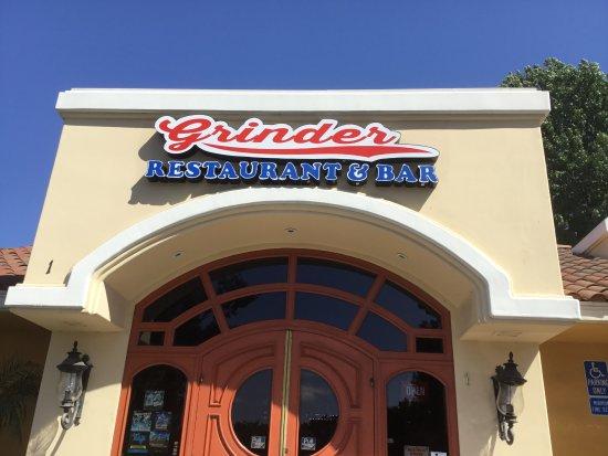 Grinder Deli Restaurant and Catering: Grinder