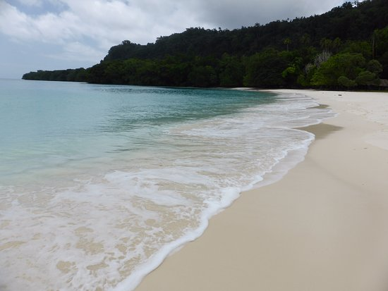 Champagne Beach: The nice end of the beach