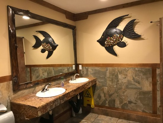 Everett, WA: Nice restrooms!