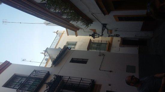 barrio santa cruz sevilla aktuelle 2017 lohnt es sich. Black Bedroom Furniture Sets. Home Design Ideas