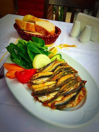 Sultanahmet Fish House: photo0.jpg