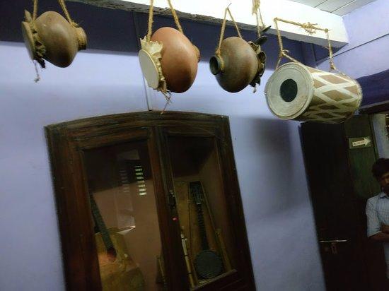 Loutolim, India: music instruments