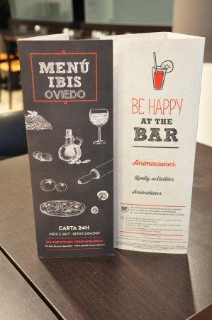 Hotel Ibis Oviedo: Dining area.