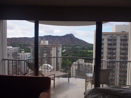 Picture of waikiki beach marriott resort for Hotel spa 13