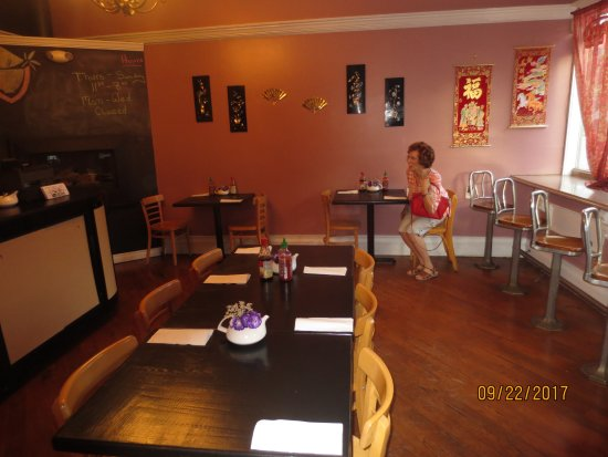 Plantsville, Коннектикут: dining room