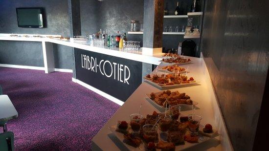 Istres, France: L'abri Cotier