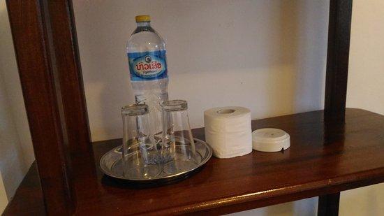 Don Det, Laos: 水とトイレットペーパー