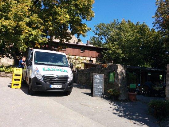 Burgschenke Rötteln: Вход в кафе