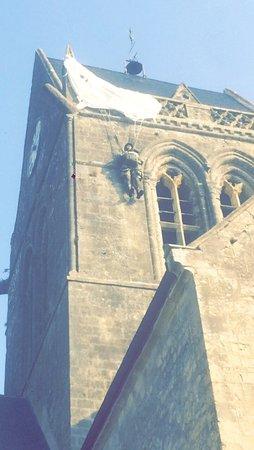 Sainte-Mere-Eglise Church: photo1.jpg