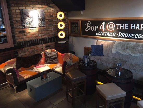 Eglinton, UK: Bar 4 Cocktails, Proseccos & Gin bar