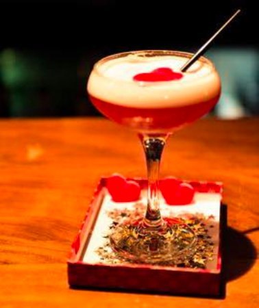 Eglinton, UK: Valentines cocktail special