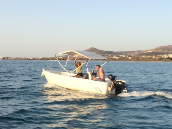 Parikia, Grèce : 485 with 20hp no license required up to 5 people