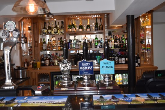Gloucestershire, UK: over 20 different gins 4 champagnes craft beers and coffee