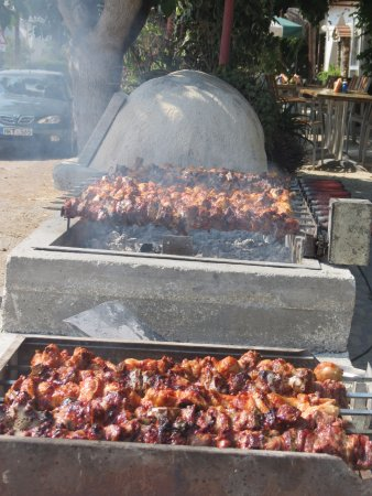 Polemi, Cyprus: The Grill on Sunday Lunch