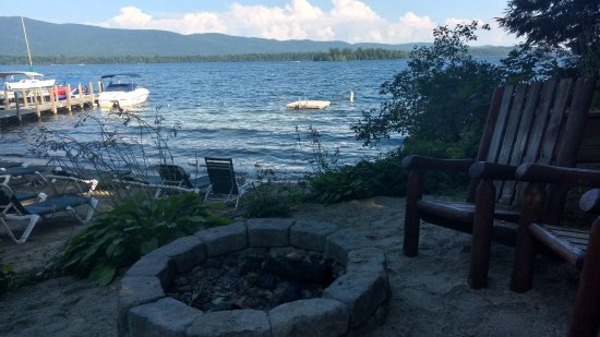 The Juliana: Firepit overlooking lake