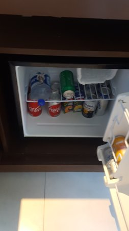 Hard Rock Hotel Cancun: Minibar