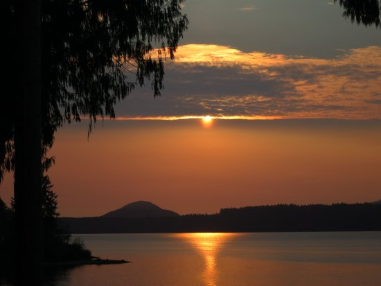 Quinault, Ουάσιγκτον: sunset from our balcony