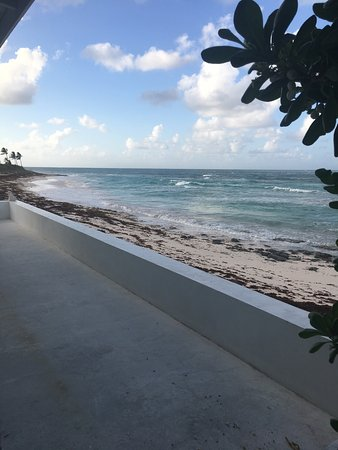 North Palmetto Point, Eleuthera: Outdoor shower view!