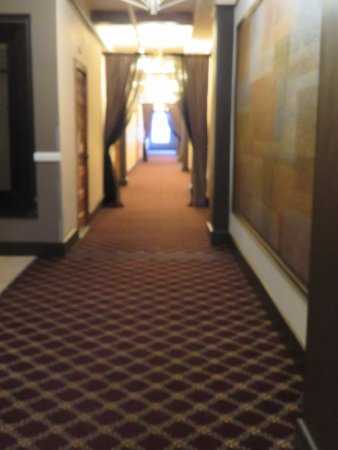 Moore Hotel: Hallway
