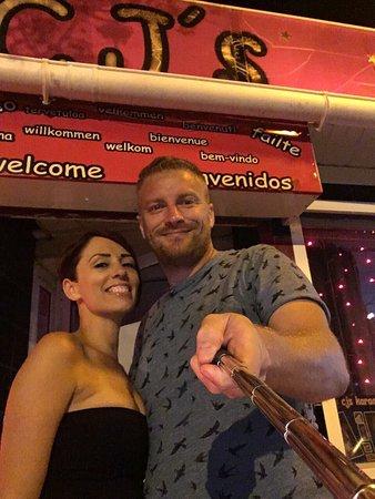 Cj's Karaoke Bar: photo0.jpg