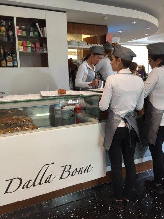 Pasticceria dalla Bona: Ottima pasticceria..